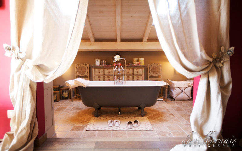 Marco Traverso et histoires d'ours    Salle de bains | Charme