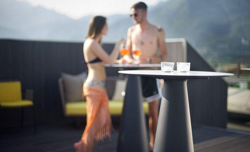 Lyxo by Veca Mange debout Tables de repas Tables & divers   
