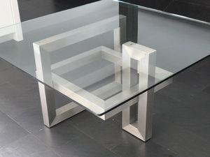 Table de repas carrée