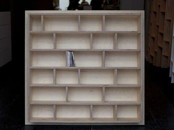 MALHERBE EDITION - etagère à cd, entièrement laquée - Bibliothèque Sur Mesure