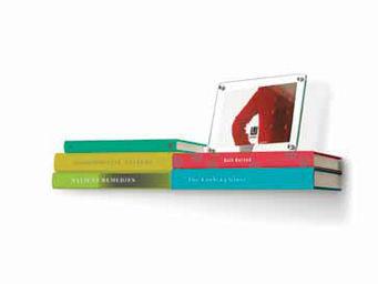 Umbra - double étagère invisible en métal pour livres - Etagère