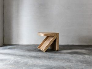 22 -  - Table D'appoint