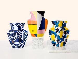 OCTAEVO -  - Vase � Fleurs