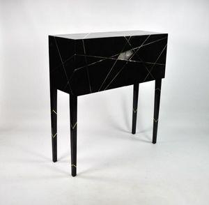 GINGER BROWN -  - Cabinet