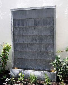 Tonton Zingueur  Designer du Zinc -  - Fontaine Murale D'extérieur
