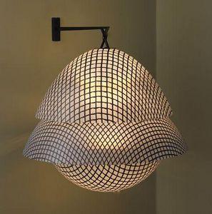 CORALIE BEAUCHAMP - bulbs - Applique