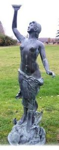 Esprit Antique - sculpture de jardin nymphe - Sculpture