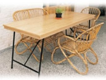 Cat'mader -  - Table De Jardin Pliante