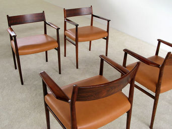 FURNITURE-LOVE.COM - 4 arne vodder dinning chairs sibast mobler - Fauteuil
