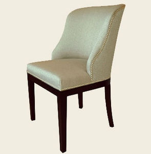 Mufti - curved wing-back dining chair - Chaise Gondole