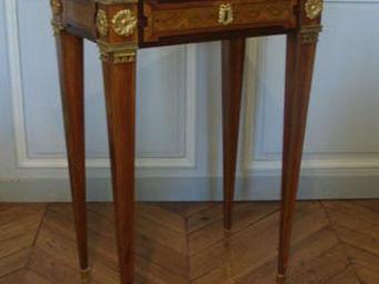 Camille Burgi - table de salon - Table D'appoint
