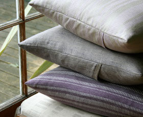 The Linen Shop - linen cushions-purple - Coussin Carré