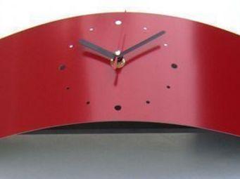L'HEURE DU DESIGN - horloge design neptune rouge - Horloge � Poser