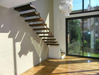 TRESCALINI - aero: escalier acier suspendu, marches acier oxyd� - Escalier Suspendu