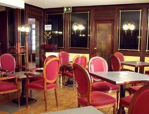 Julio Sanz Decoracion -  - Chaise De Restaurant