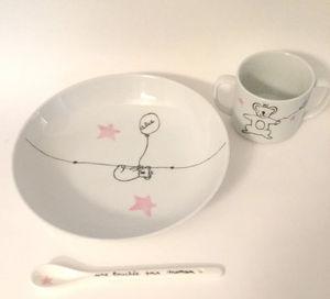 JUDITH LEVIANT - assiette et cuill�re porcelaine koala fille person - Assiette Enfant