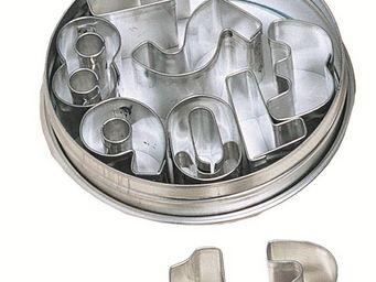 Redecker - emporte pièces chiffres 9 pièces 7x7x2cm - Lettre Décorative