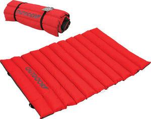 ZOLUX - tapis extérieur matelassé rouge en polyester 87x65 - Lit Pour Chien