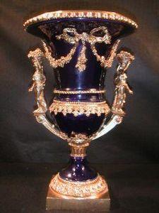 Demeure et Jardin - grand vase bleu anse et pied en bronze - Vase Décoratif