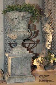 Ampholia-Anduze -  - Vase Medicis