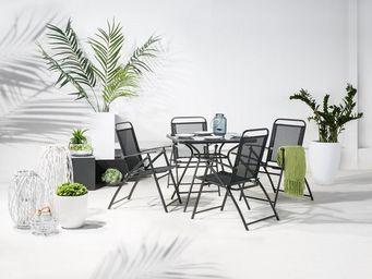 BELIANI - table de jardin - Salle À Manger De Jardin
