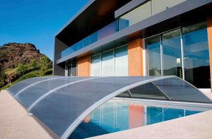 Abri de piscine textile