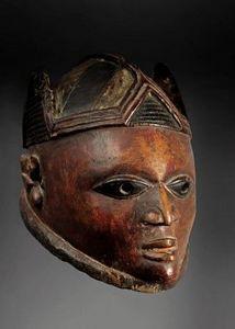 Galeria Raquel y Guilhem Montagut - maque de la société gélédé - Masque Africain