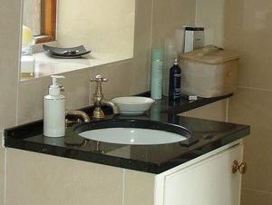 Francis N Lowe - vanity top - Plan De Toilette