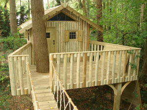 CHEEKY MONKEY TREEHOUSES -  - Cabane Dans Les Arbres
