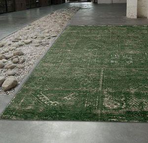 Louis De Poortere - bubble green 8271 - Tapis Contemporain