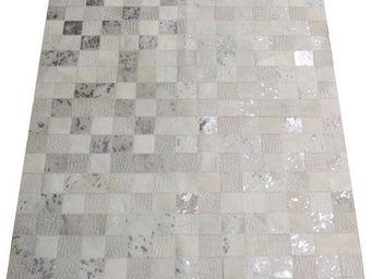 Tergus - tapis peau de vache ref.120 - Tapis Contemporain