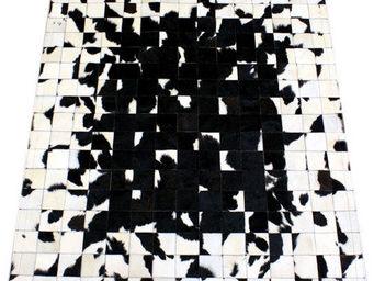 Tergus - tapis peau de vache ref.122 - Tapis Contemporain