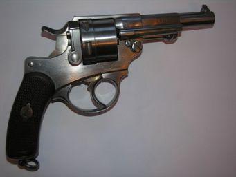 Aux Armes d'Antan - revolver r�glementaire fran�ais d?ordonnance, mod�le 1873 - Pistolet Et R�volver