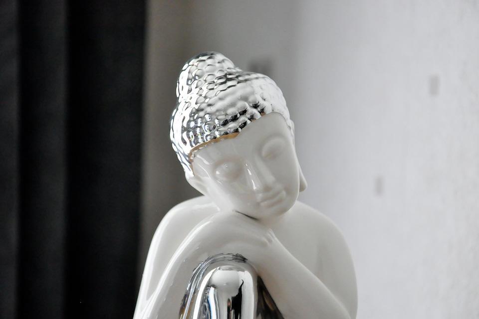 Statuette bouddha rieur en c ramique et chrome fontaine d 39 int rieur blanc c ramique zen - Bouddha deco interieur ...