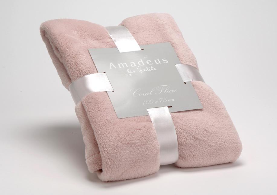 plaid enfant rose doudou plaid polyester amadeus les petits. Black Bedroom Furniture Sets. Home Design Ideas