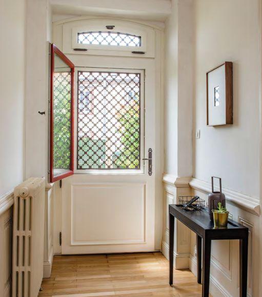 Porte d 39 entr e vitr e blanc bois bel 39 m decofinder - Bel m porte d entree ...