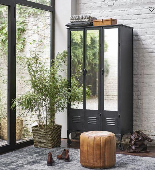 dressing indus roulettes en m tal noir peterarmoire. Black Bedroom Furniture Sets. Home Design Ideas