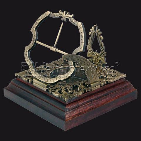 HEMISFERIUM - Horloge à poser-HEMISFERIUM-Horloge Solaire Equatoriale