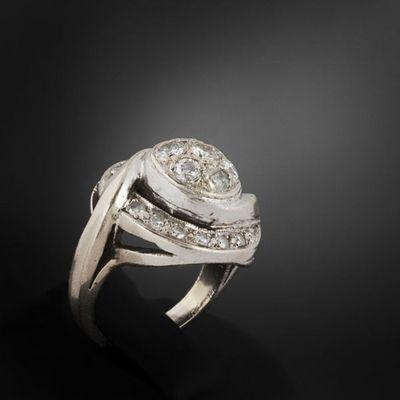 Expertissim - Bague-Expertissim-Bague tourbillon en or gris et diamants