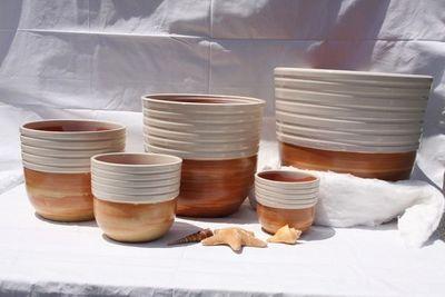 Les Poteries Clair de Terre - Pot de jardin-Les Poteries Clair de Terre-Massaya
