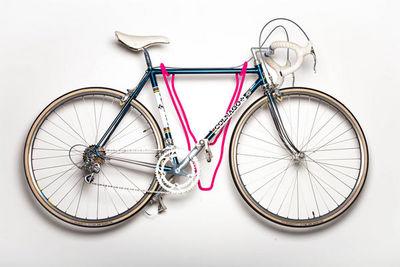 ROSS DOLTON -  Porte-v�los-ROSS DOLTON-deer bike rack - fur