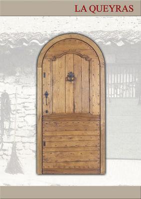 Portes Anciennes - Porte d'entrée pleine-Portes Anciennes-La Queyras