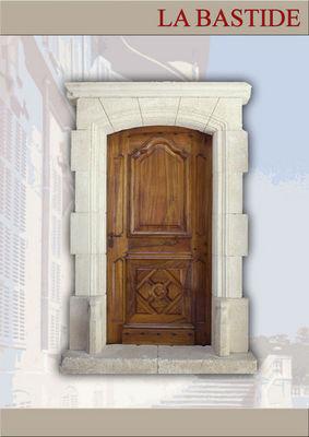 Portes Anciennes - Porte d'entrée pleine-Portes Anciennes-La Bastide
