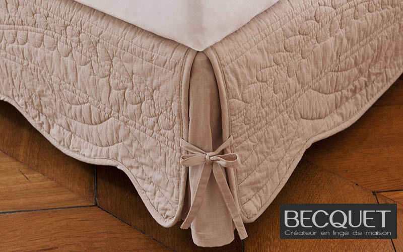 Becquet Bedskirt Protection of tableware Household Linen  |
