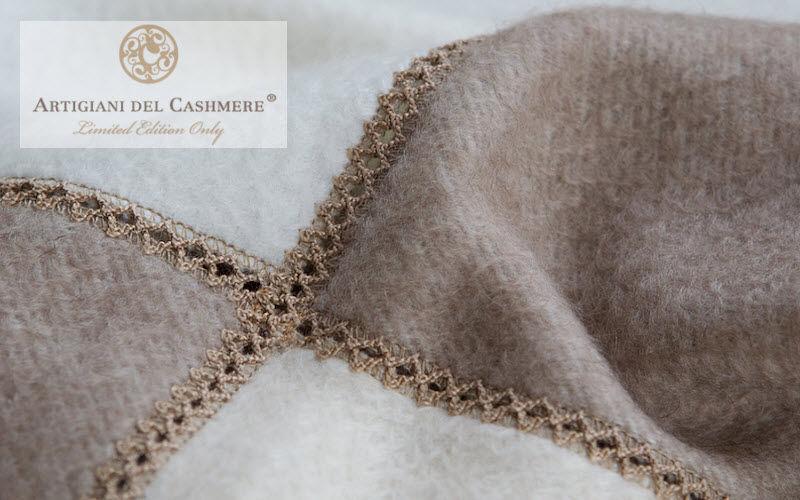 ARTIGIANI DEL CASHMERE Tartan rug Bedspreads and bed-blankets Household Linen   