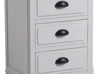 Aubry-Gaspard - commode 3 tiroirs en pin campagne chic - Bedside Table