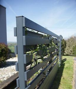 Cadiou - tressen - Fence With An Openwork Design