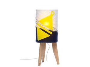 727 SAILBAGS - flottille bouée jaune - Children's Table Lamp
