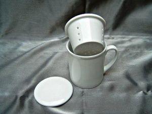 Porcelanne Herbal tea cup