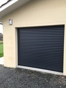Id Park Sectional garage door